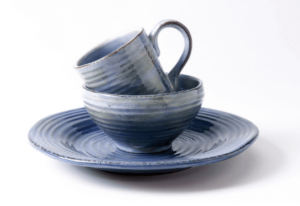 Pros And Cons Of Stoneware Dishes!
